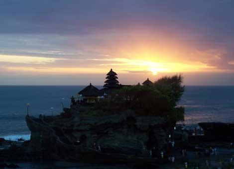tanah-lot-temple